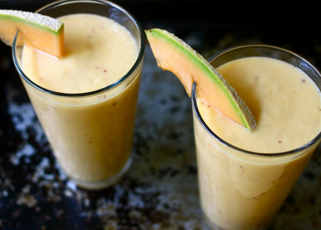 Mango Cantaloupe Peach Smoothie |