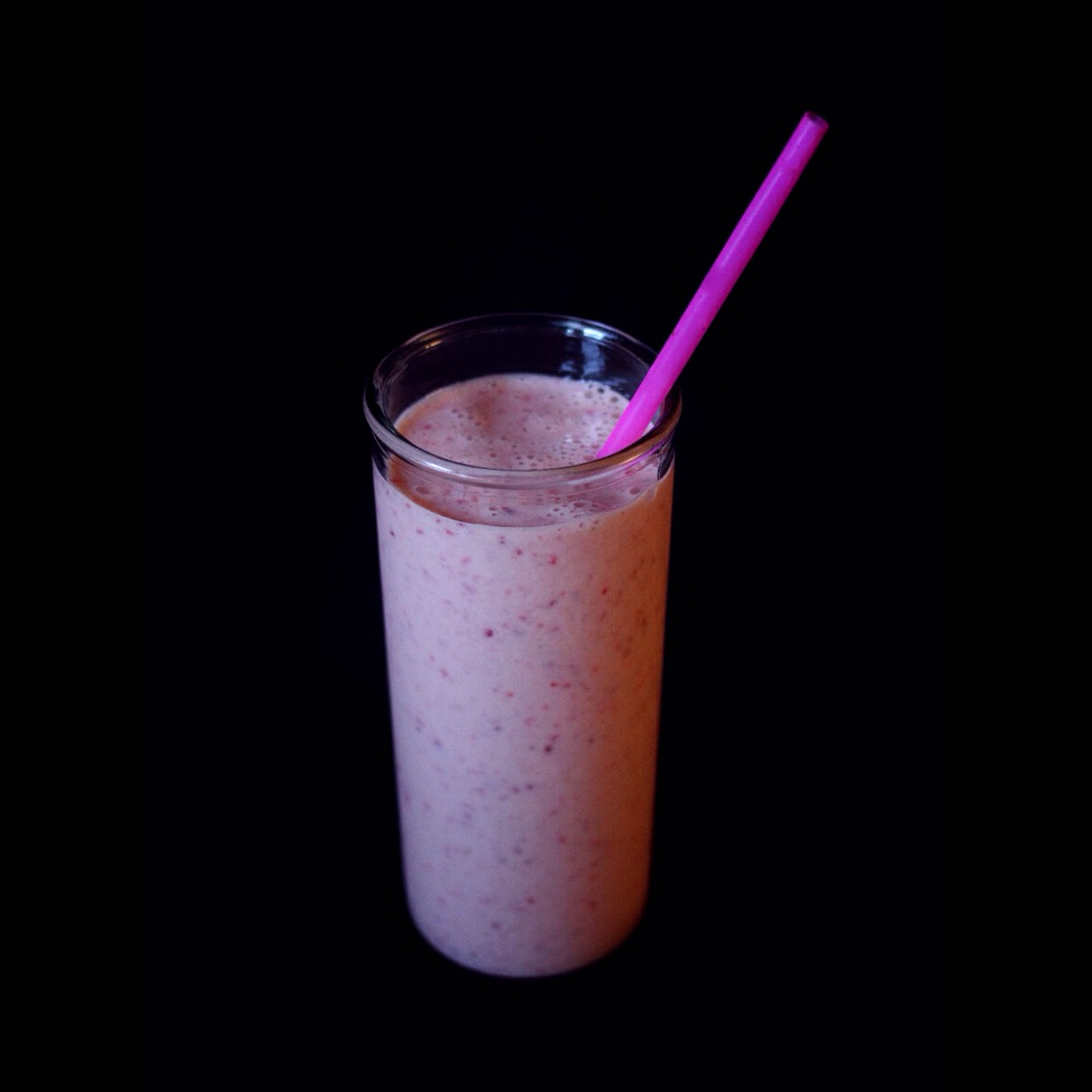 Forbidden Rice Blog | Pineapple Strawberry Smoothie